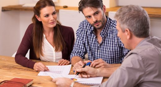 Couple deciding what type of mortgage to get
