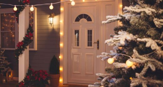Image of a house with christmas decorations