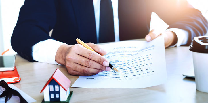 Estate Agent contract checking by HomeOwners Alliance