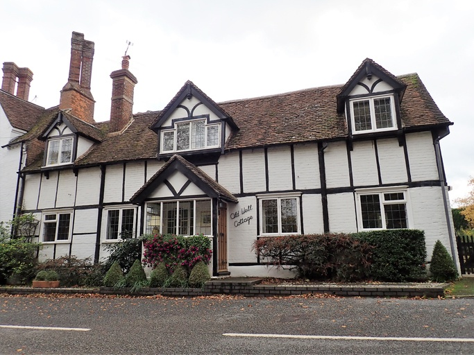 buying listed building