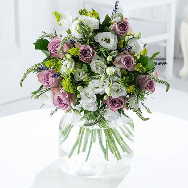 Save 20% off flowers at Blossoming Gifts